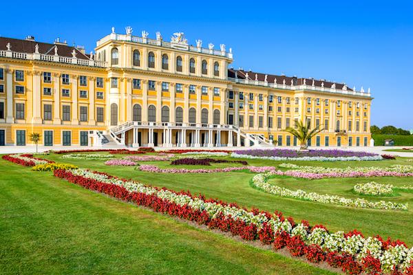 Austria.-Schonbrunn-Palace-in-Vienna-shutterstock_310594229