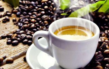 Cafea cu parfum de amintiri din altă viață