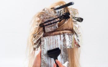 Cum să îți alegi nuanța de păr care ți se potrivește cel mai bine?