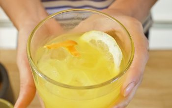 Limonada cu turmeric – Beneficii pentru sănătate și cum se face!