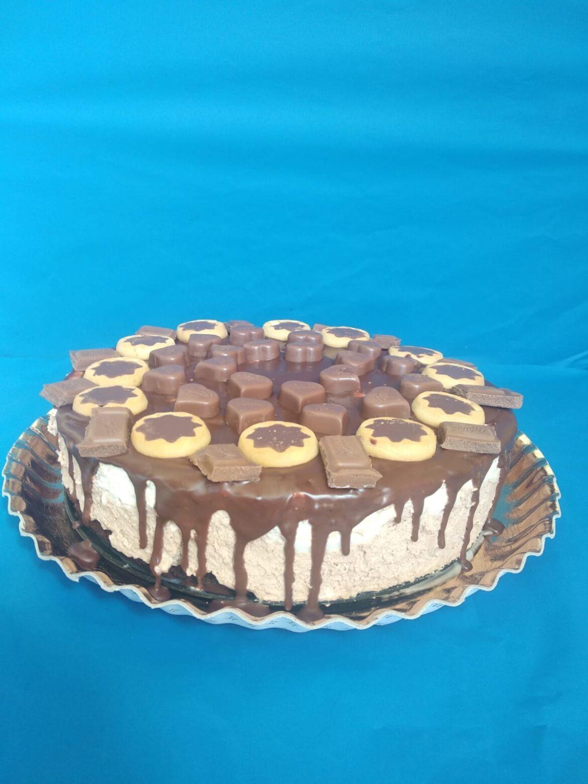 Tort Mousse foarte cremos cu ciocolată Milka